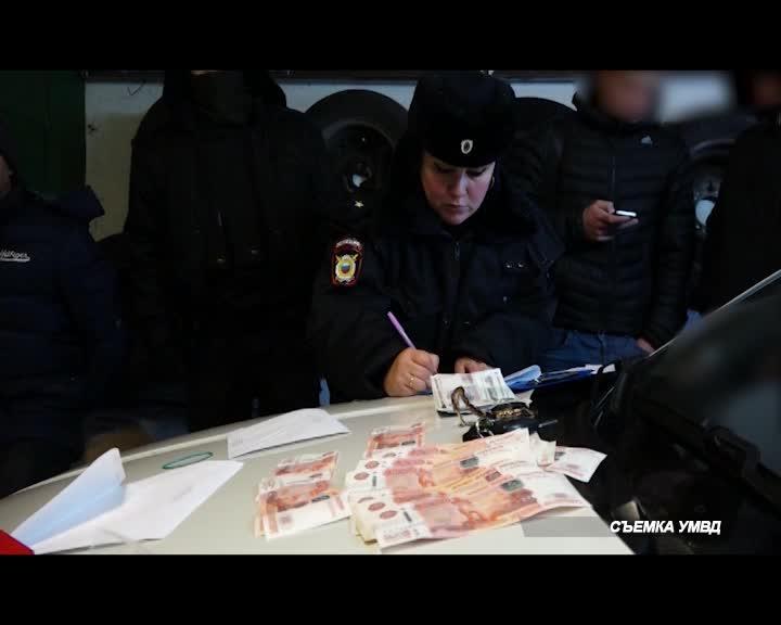 Боле 5,5 тысяч пачек контрафактных сигарет изъяли из оборота сотрудники костромской полиции