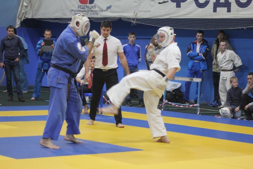 Отлично выступили на межрегиональном турнире по кудо костромские юниоры и мужчины