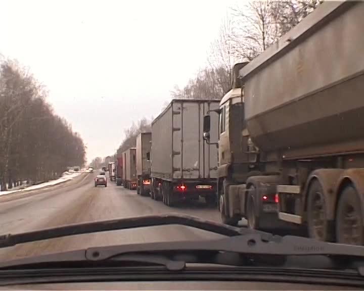 С апреля на автомобильных дорогах Костромской области будут введены сезонные ограничения для движения фур