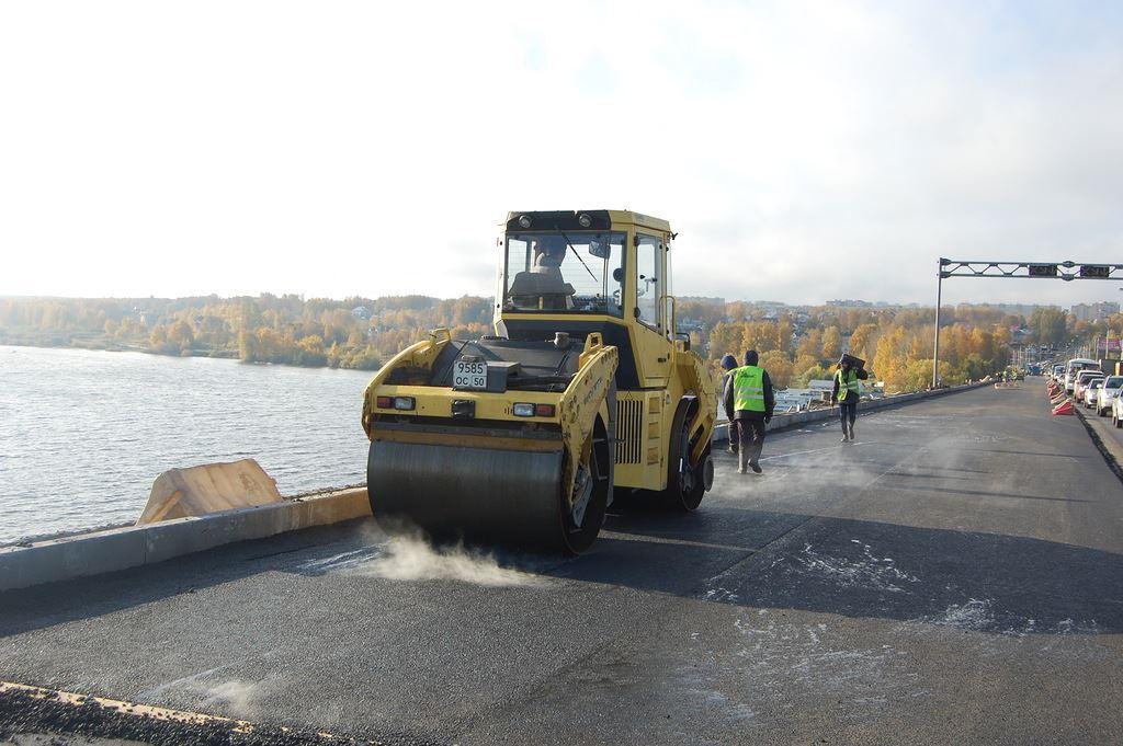 В Костроме накажут виновных в поставках некачественного асфальта для моста через Волгу