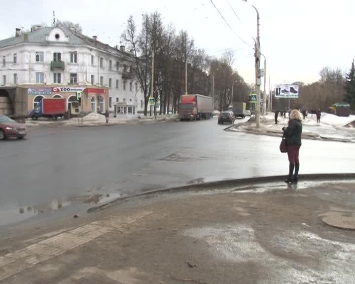 В Костроме на перекрестке улиц Ленина и Пушкина изменят режим работы светофора