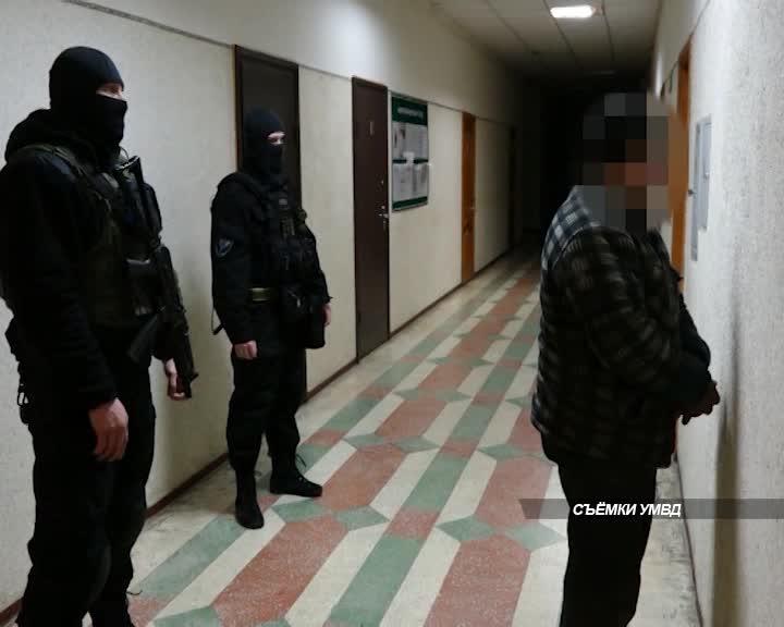Сотрудники костромского уголовного розыска задержали подозреваемого, который 26 лет был в федеральном розыске