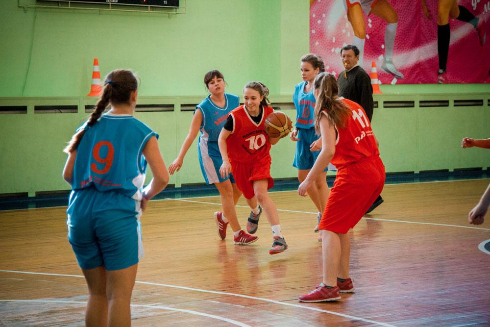 Сегодня в Костроме стартуют финальные игры соревнований Центрального федерального округа по баскетболу среди команд девушек