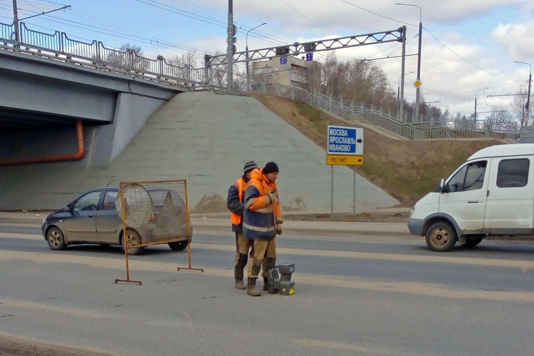 Костромской водоканал приступил к восстановлению участка сети на Нижней Дебре