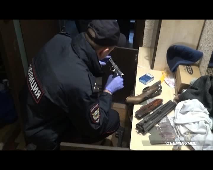 В Костроме у «коллекционера» изъяли огнестрельное оружие и боеприпасы