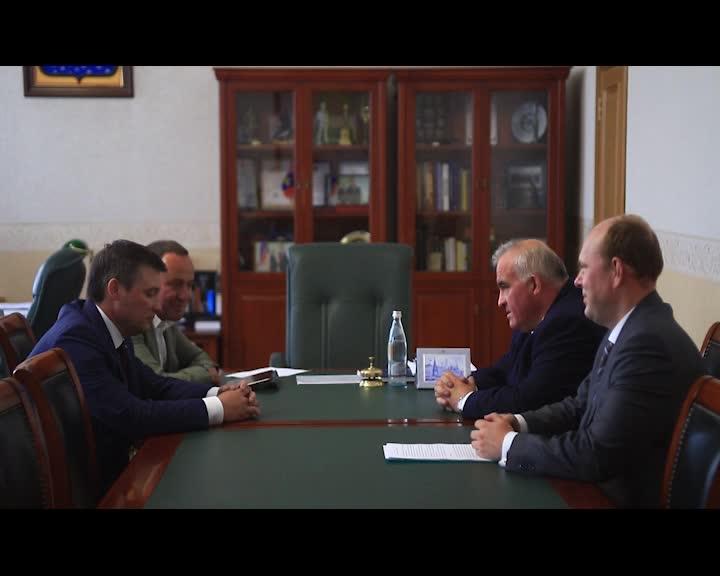 Губернатор Костромской области Сергей Ситников провел рабочую встречу с руководством «Сбербанка»