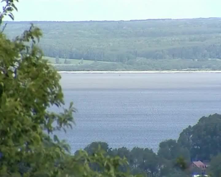 В рамках нацпроекта «Экология» в Костромской области проведут работы по сохранению Святого и Галичского озер