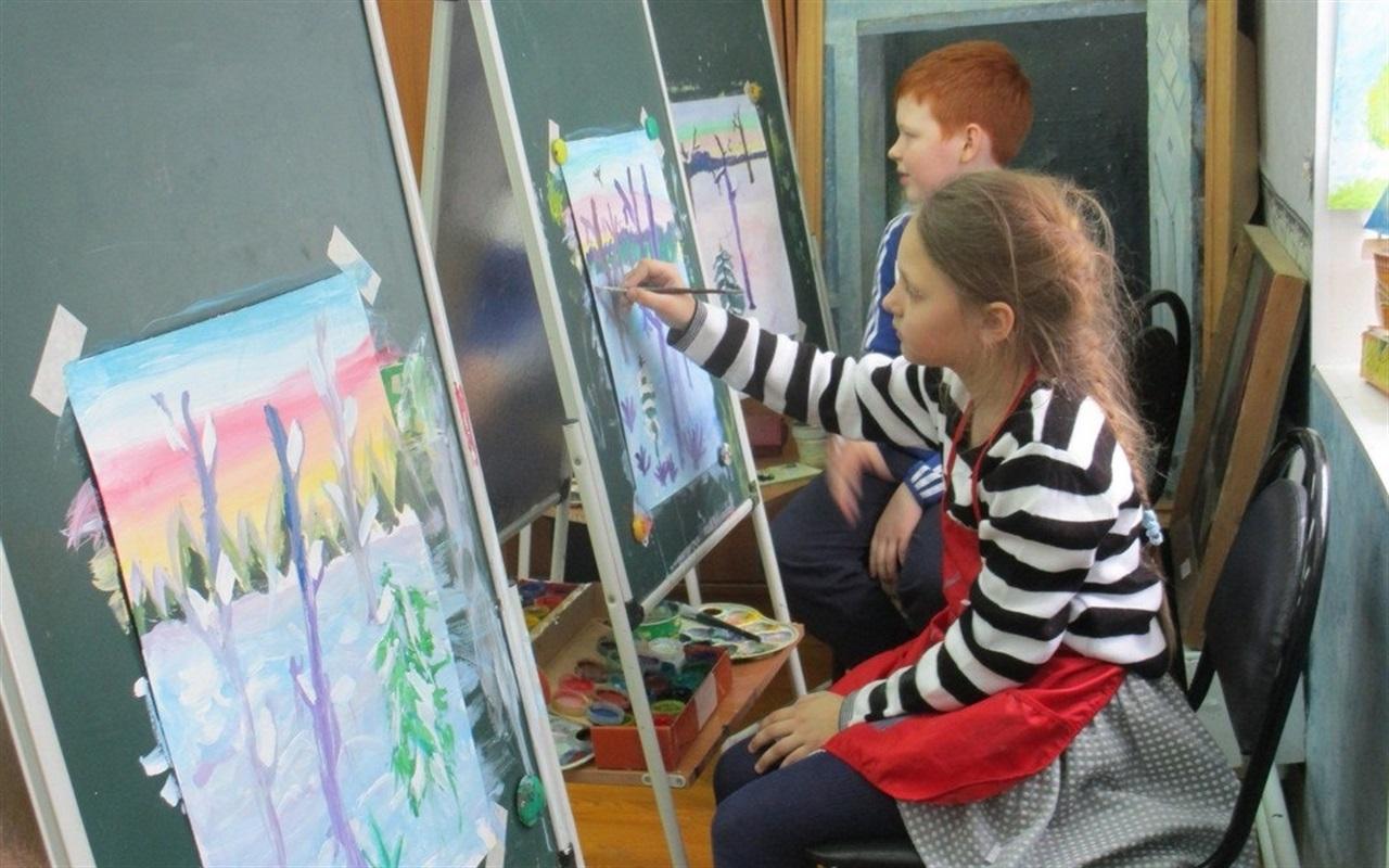Во время празднования Дня города юные художники представят свое видение архитектурного будущего Костромы