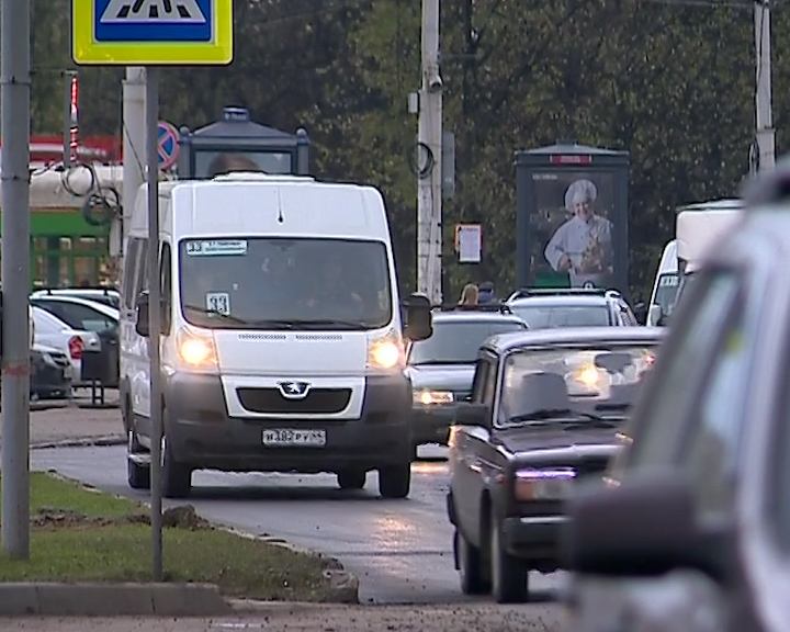 С понедельника два автобусных маршрута в Костроме временно изменят путь следования