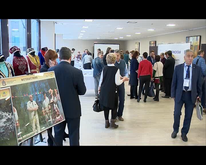 Вклад НКО в развитие Костромской области обсуждали сегодня на Гражданском форуме с участием губернатора