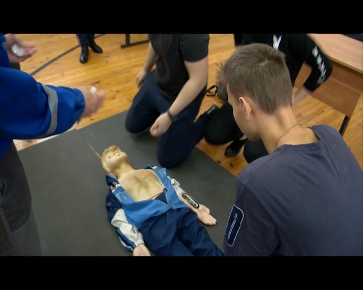 В Костроме завершились соревнования школьников по оказанию первой медицинской помощи. Кто стал победителем?