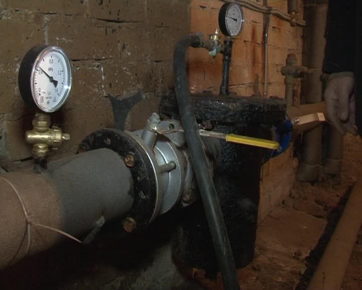 По требованию губернатора Сергея Ситникова создана комиссия для мониторинга температурного режима в многоквартирных домах п.Первый