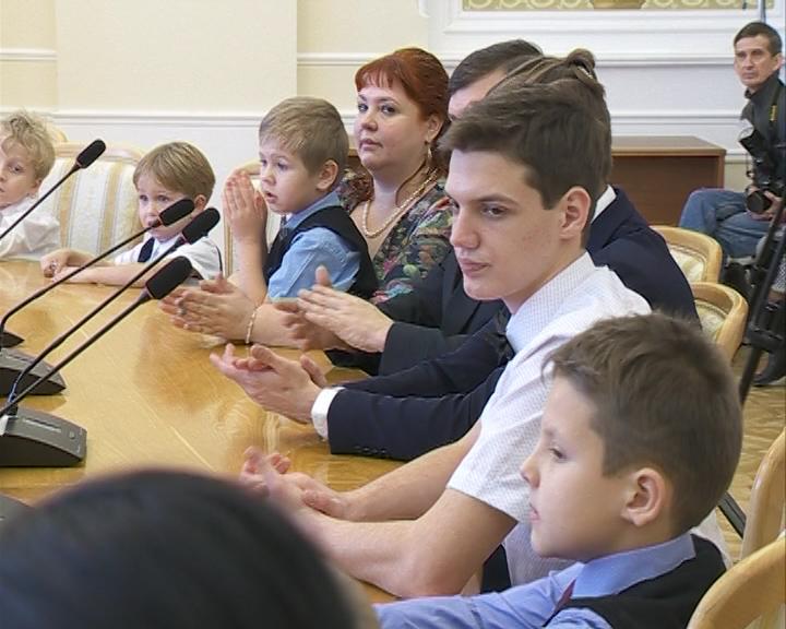 Костромская область готовится отметить День матери