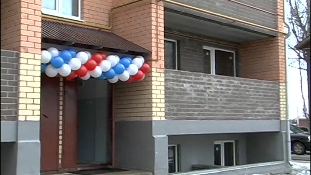 Переселять жителей из аварийных домов в Костромской области будут в шесть этапов. Первый этап уже стартовал