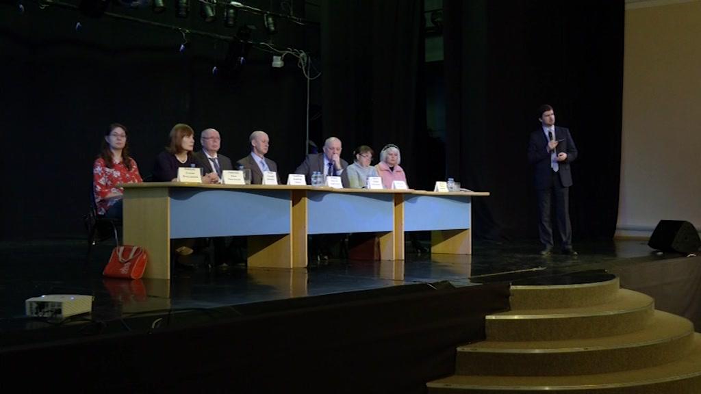 Будущие абитуриенты встретились в Костроме с представителями медицинских вузов