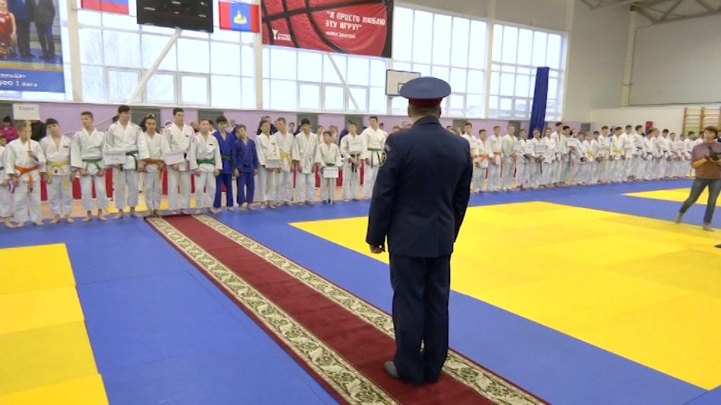 В Костроме прошел Межрегиональный турнир по дзюдо