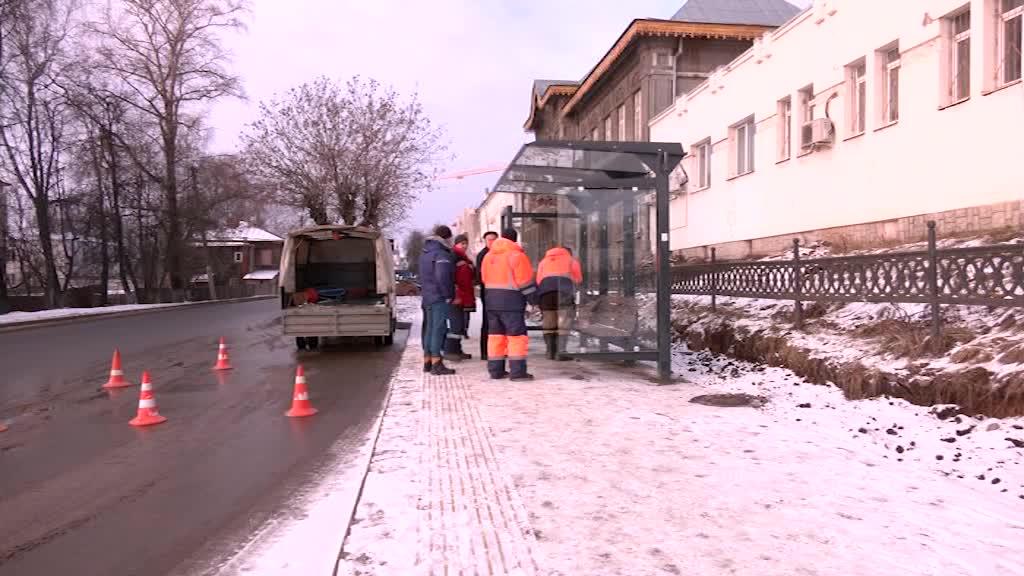 В Костроме приступили к монтажу новых остановочных комплексов