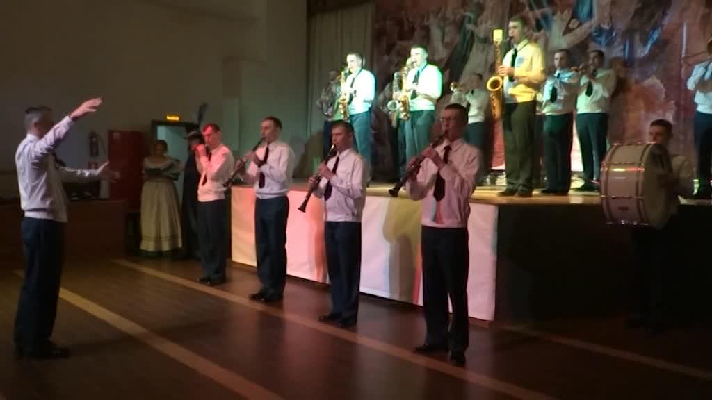 В Костроме состоялся Бал молодых защитников Отечества