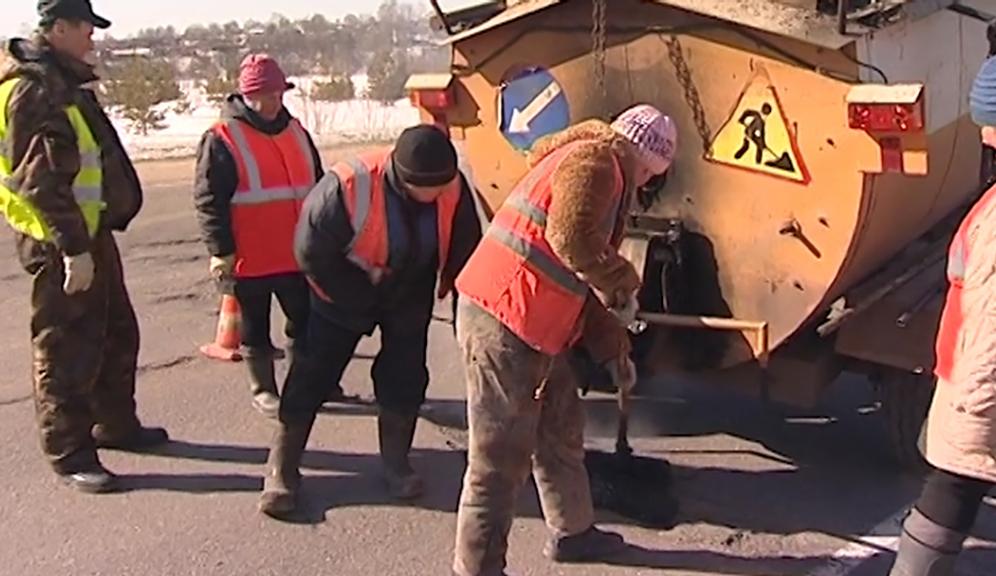 В Костромской области продолжат ремонтировать дороги в рамках региональной программы общественных инициатив