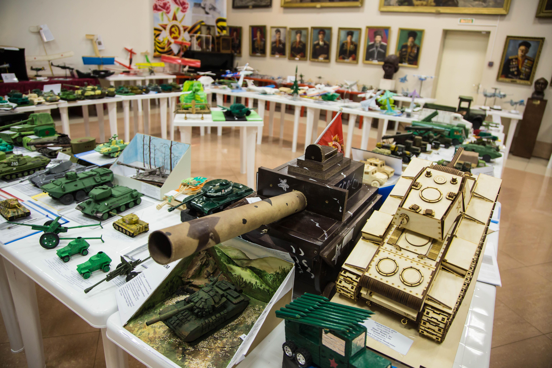 В Костроме стартовал городской конкурс моделей военной и авиакосмической техники «Арсенал»
