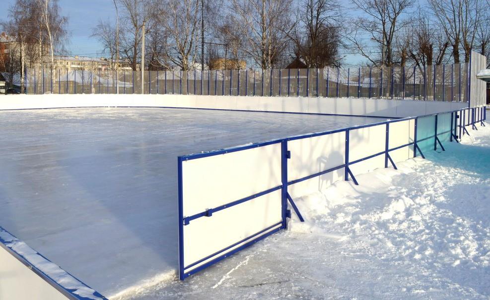 Ледовая хоккейная площадка появится на школьном стадионе в селе Николо-Полома Костромской области
