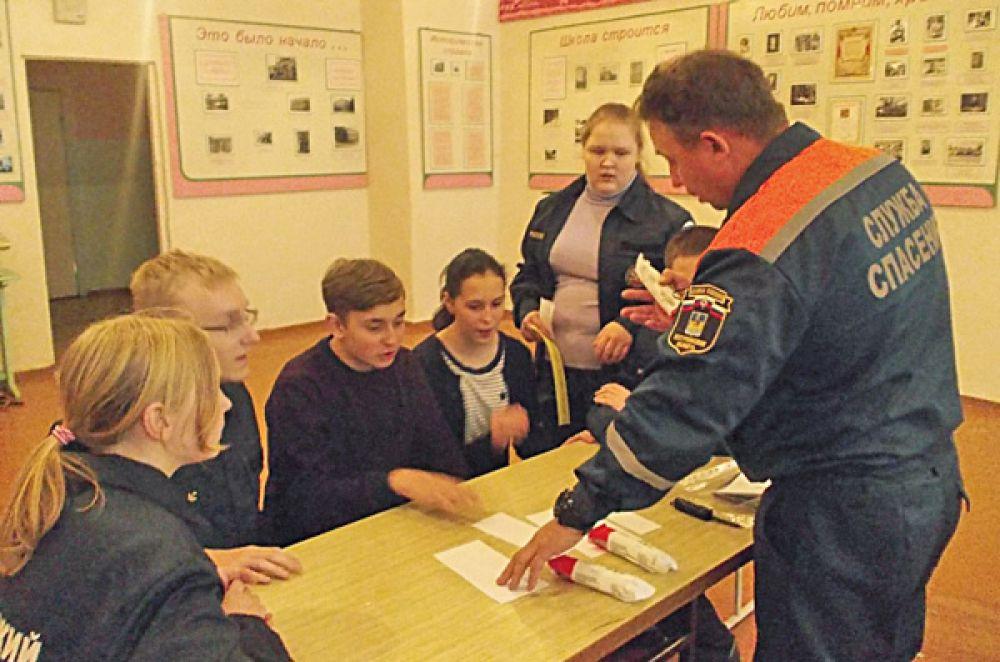 В Костромской школе «Юный спасатель» набран новый состав участников
