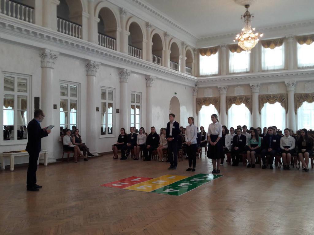 Сегодня в Белом зале Дворянского собрания пройдёт полуфинал телевикторины «Умницы и умники»