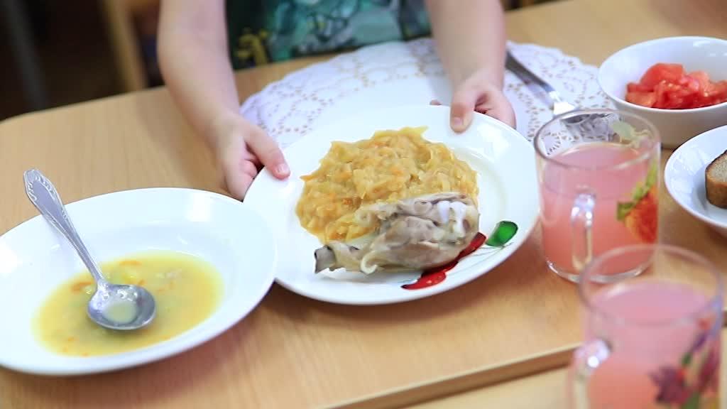 Мэрия Костромы увеличивает объем субсидий на питание дошколят