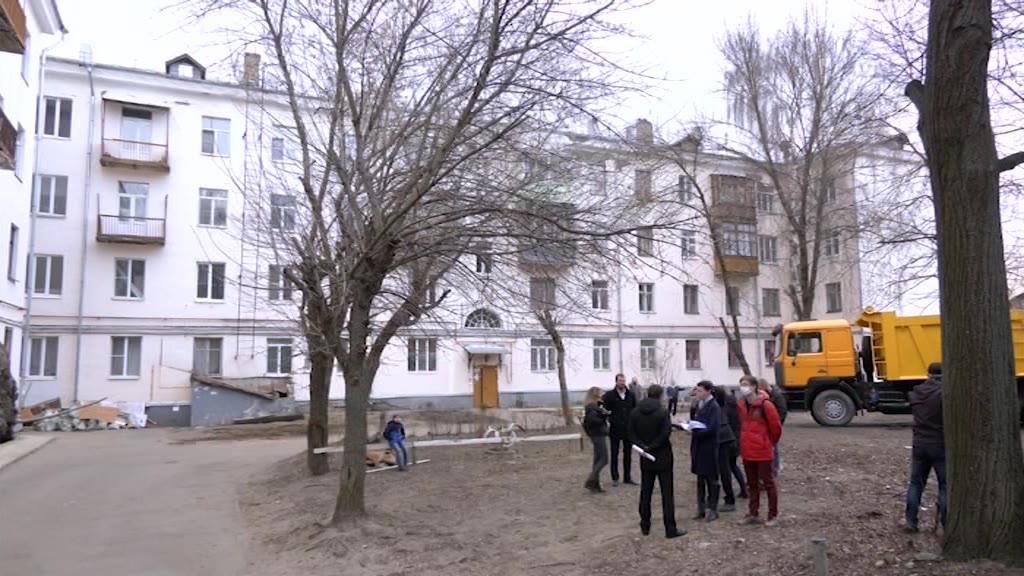 Старт дан. В Костроме начался ремонт дворов многоквартирных домов