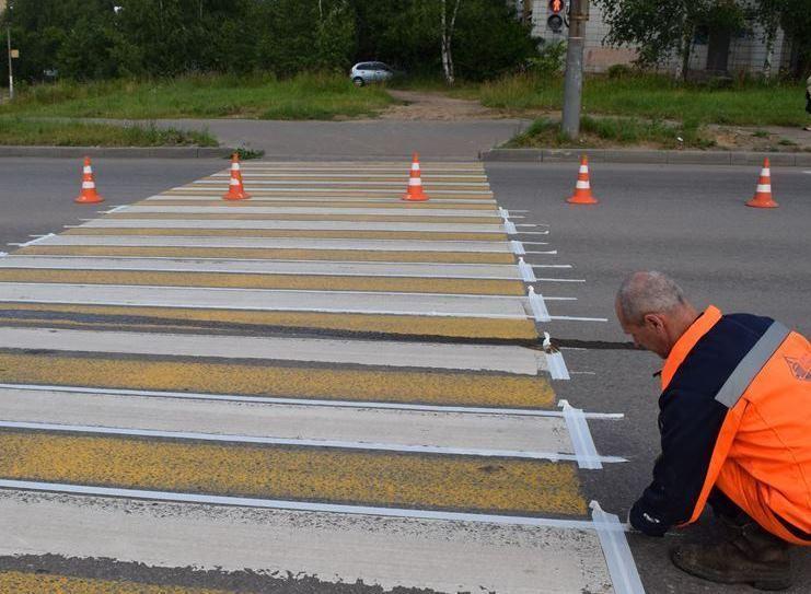 На трети пешеходных переходов в Костроме обновили разметку