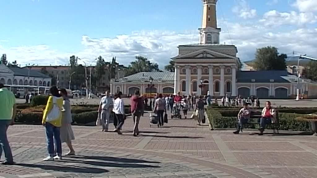 Костромичи начали получать по 10 тысяч рублей на ребенка