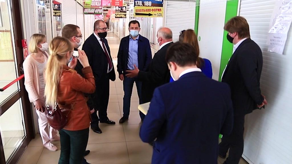 Костромской губернатор побывал в торговых центрах Костромы