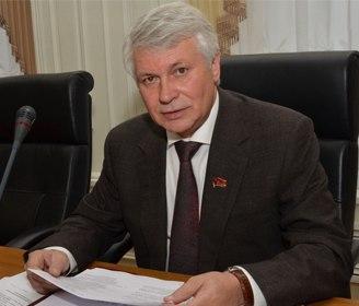 10 кандидат на пост губернатора представил документы в избирком