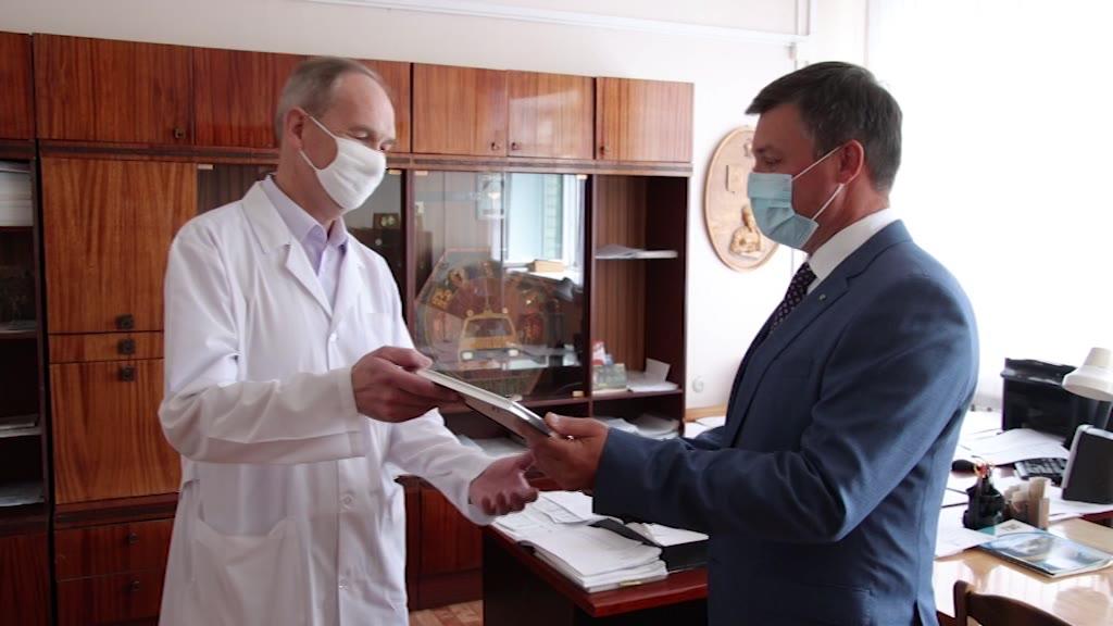 Сотрудники «Сбербанка» сделали подарок врачам из «красной зоны»