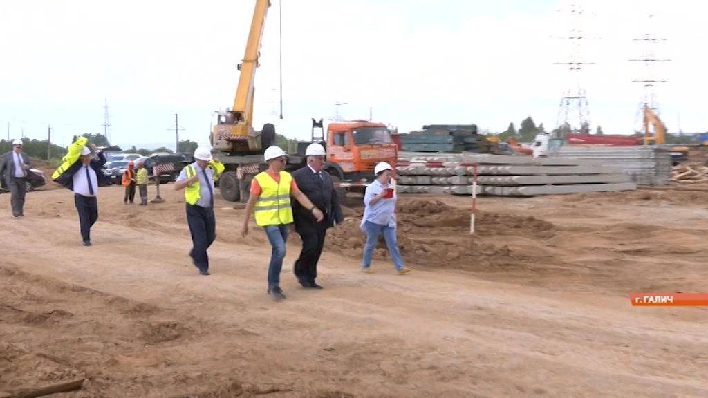 В Галиче активно строят фанерный комбинат