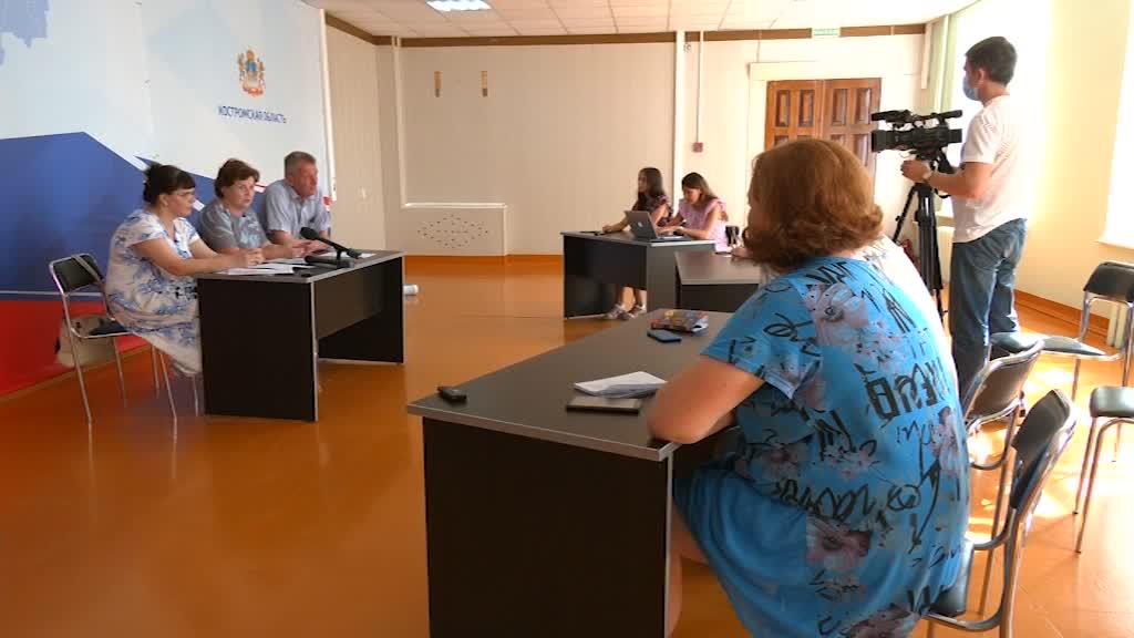 Костромичи начали получать президентскую выплату на детей