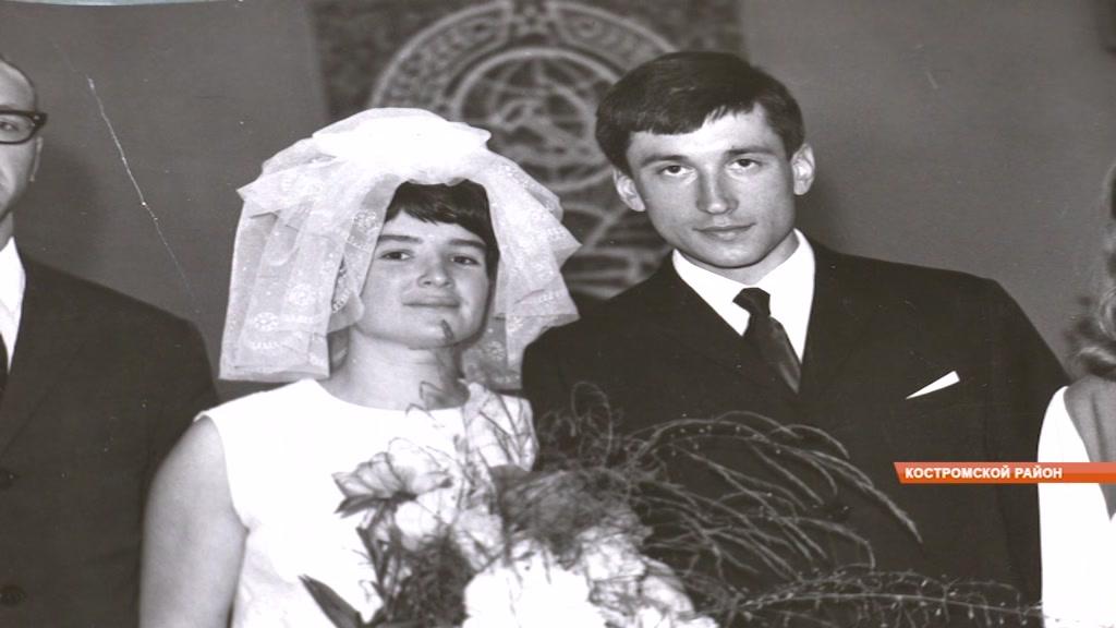 Известные тренеры Савельевы отметили 51 год совместной жизни