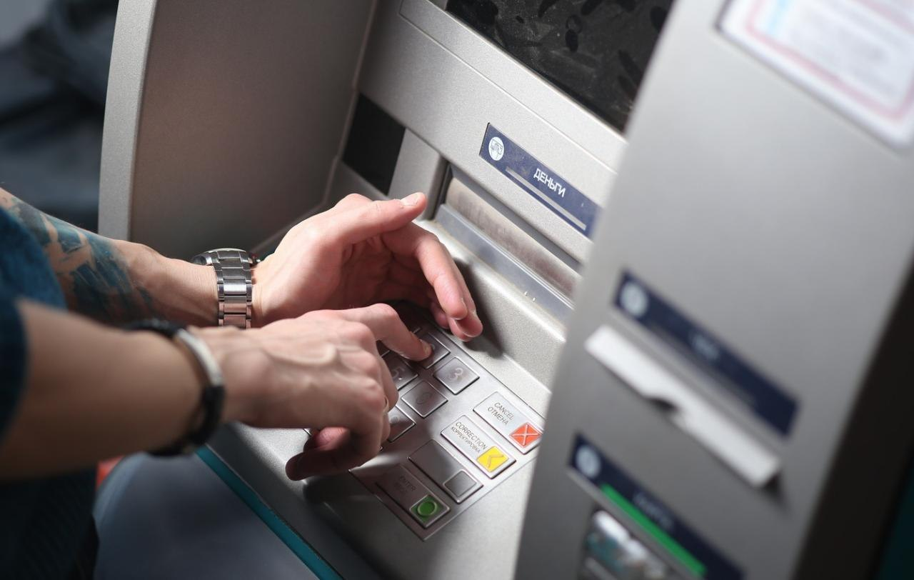 Костромской бизнесмен перевел мошенникам 1 млн 600 тысяч рублей