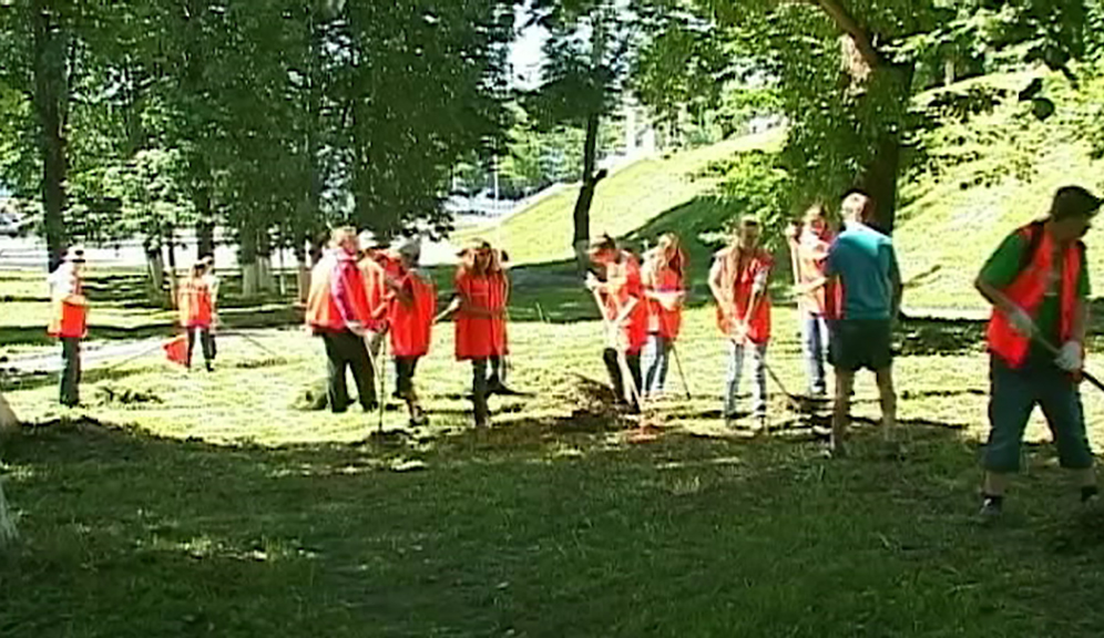 В Костроме начинают свою работу экологические отряды