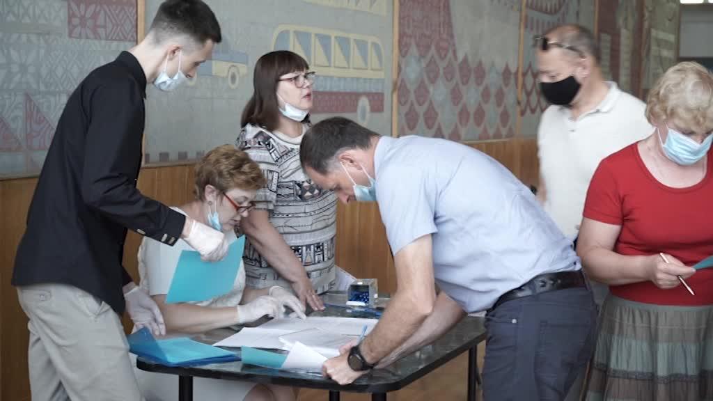 Еще 2 партии сформировали списки кандидатов на выборы в областную Думу