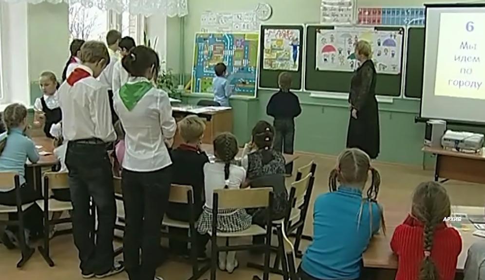 В Мантуровском районе открылись пришкольные лагеря