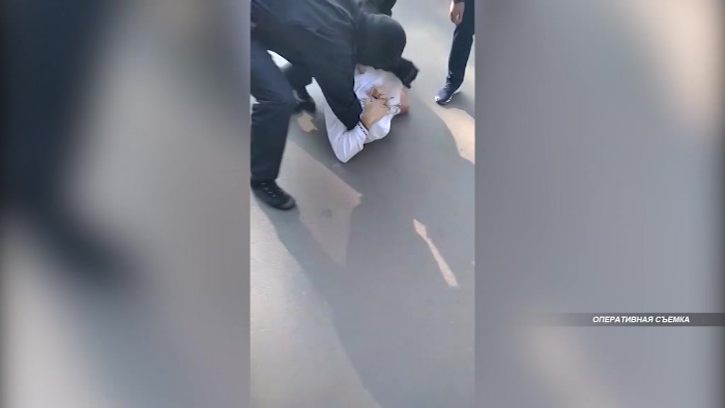 Канал поставки анаболических стероидов в регион перекрыли костромские полицейские