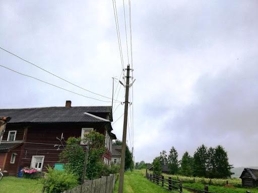 Поселок Россолово Галичского района осветили новые фонари