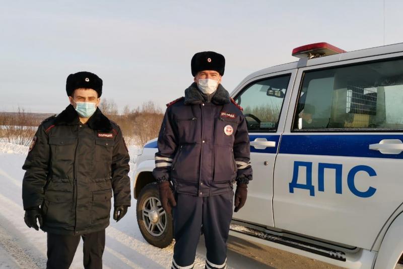 Гостям Деда Мороза помогли на родине Снегурочки