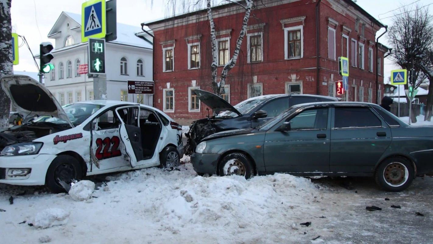 Четверо  пострадавших. Светофор не помог