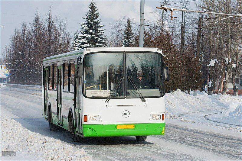 Новая остановка для двух автобусов