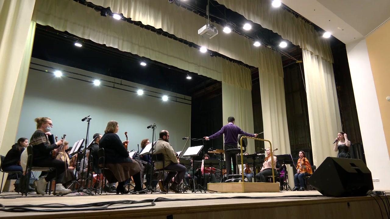 В день влюбленных костромичам подарят танцы с оркестром