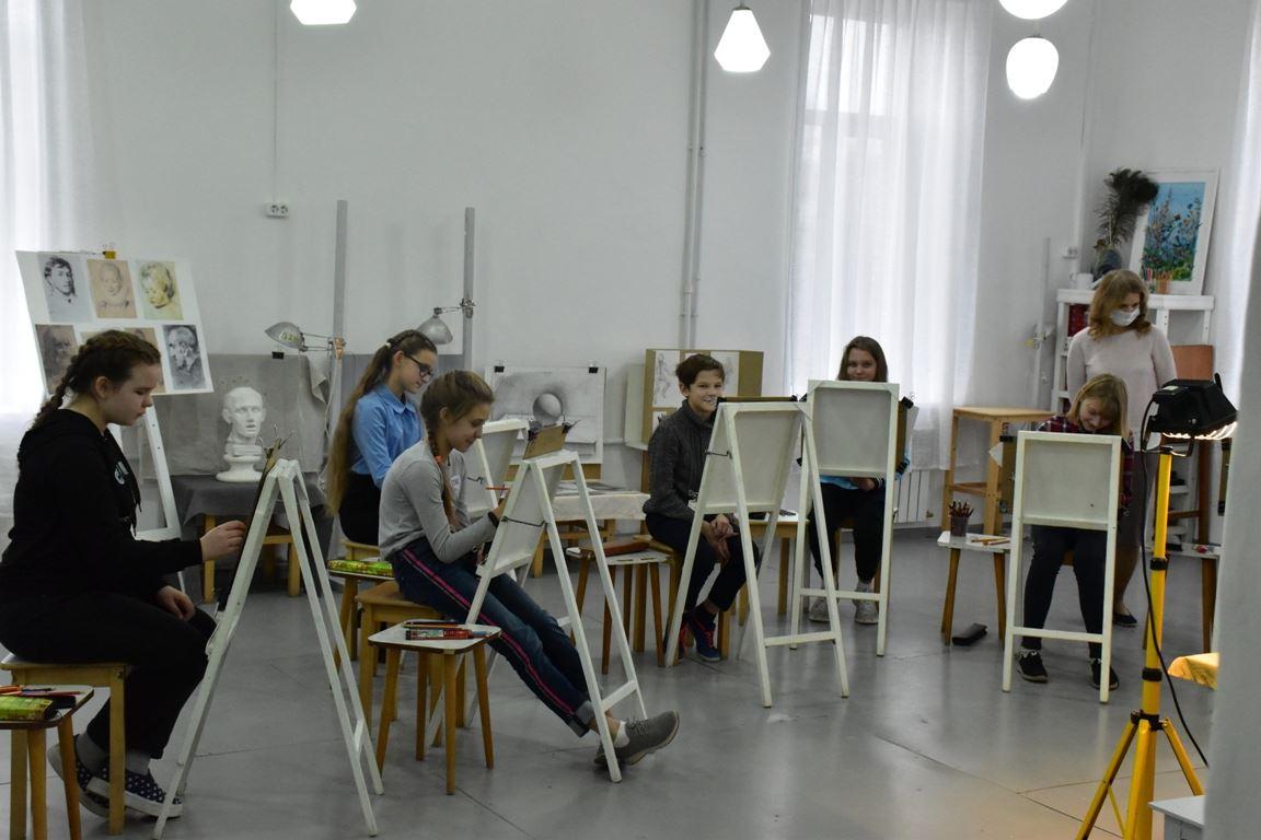 В Костромской области в этом году отремонтируют ещё восемь школ искусств