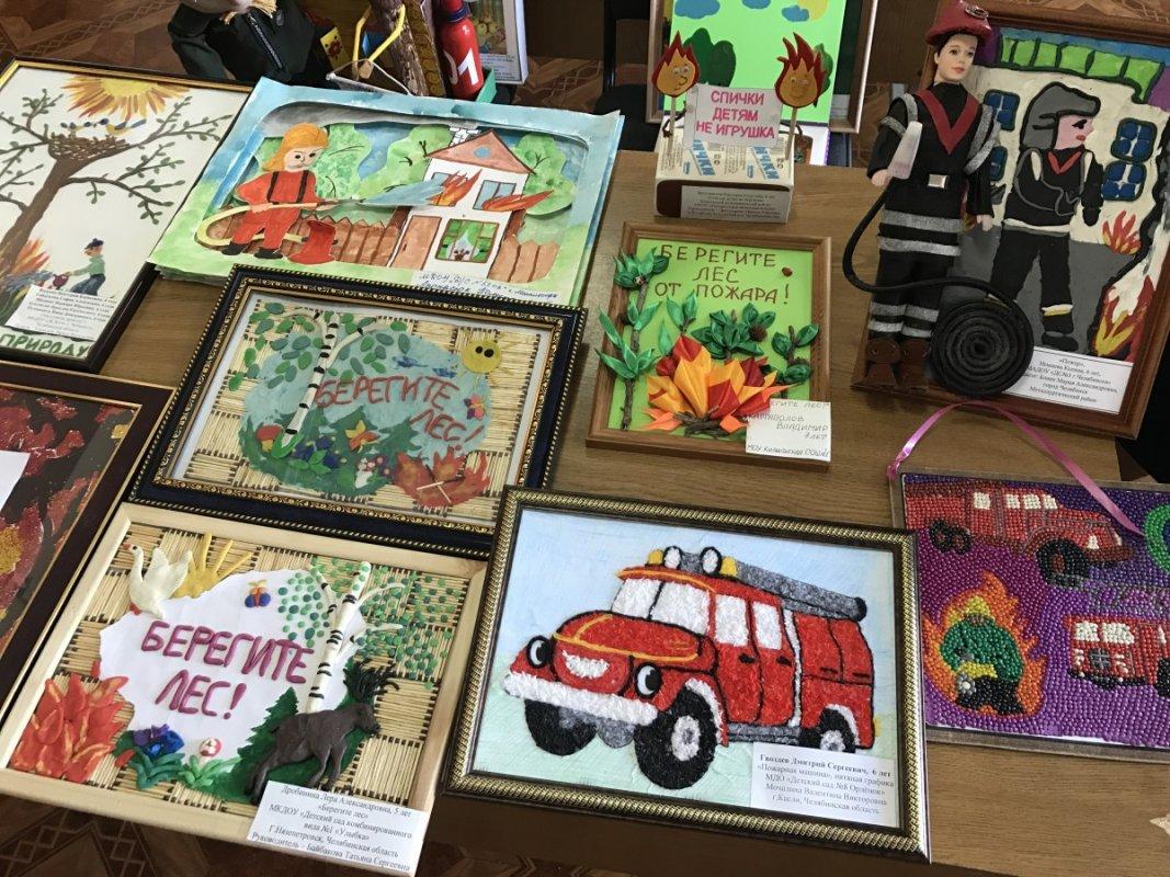 На творческий конкурс МЧС костромичи прислали сотни работ