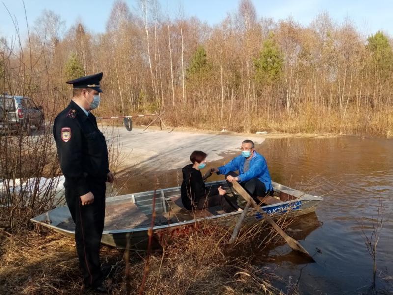 Костромские полицейские следят за порядком в зоне подтоплений